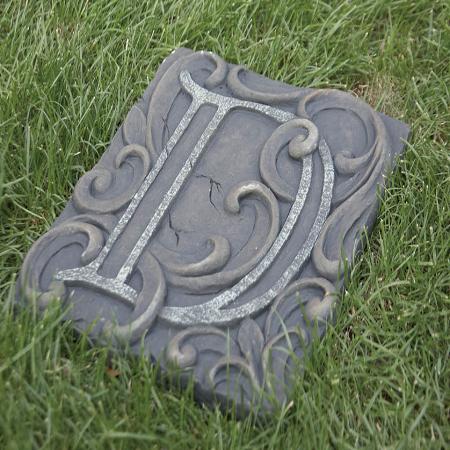 Memorial D